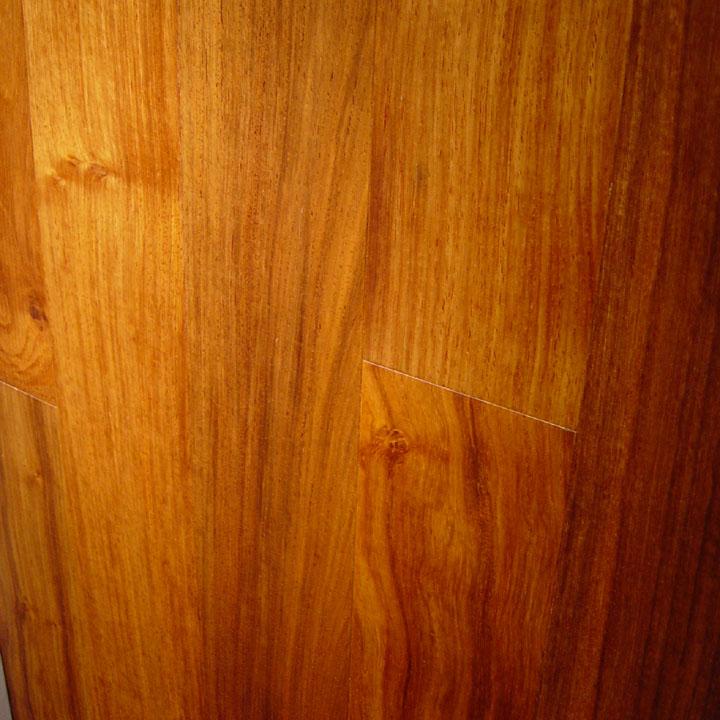 Red Rosewood 171 Wisteria Lane Flooring